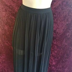 Decree 2 Layer skirt